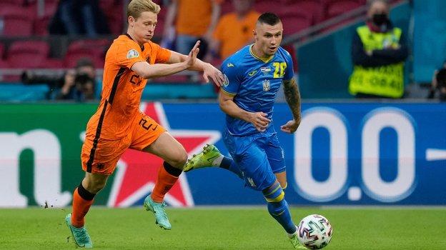 Александр Зубков (справа). Фото AFP