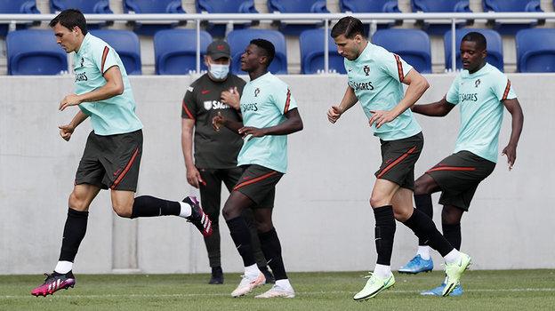 Футболисты сборной Португалии. Фото Reuters