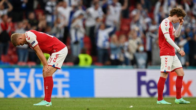 Датские футболисты после поражения отФинляндии. Фото Getty Images