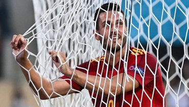 14июня. Севилья. Испания— Швеция— 0:0. Коке.