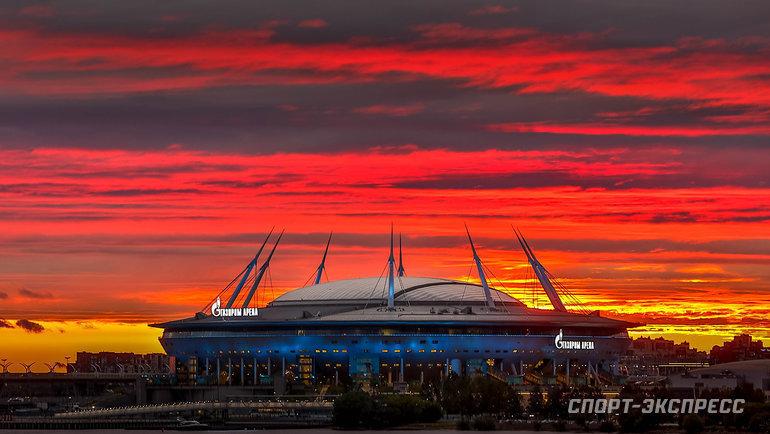 14июня. Вот таким был вчера закат над ареной Евро-2020 вСанкт-Петербурге. Ждем радостного рассвета утра четверга!