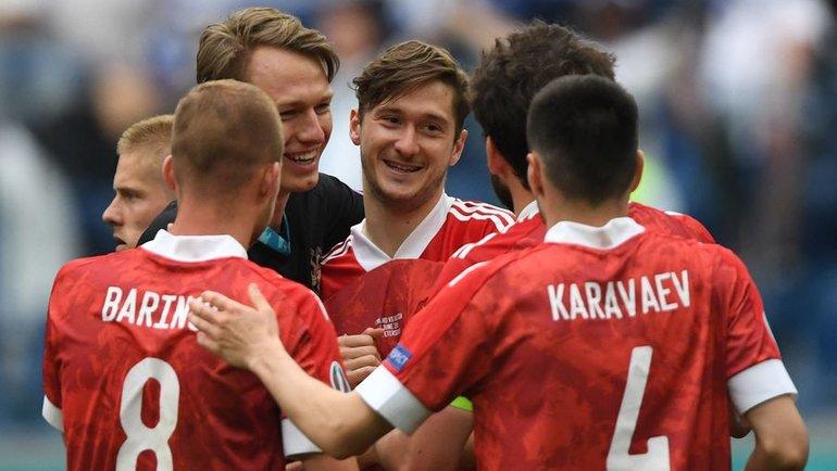 Финляндия— Россия: дожали! Есть первая победа России наЕвро задевять лет!