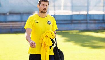 Источник сообщил одисквалификации футболиста «Ростова» Обухова на6 месяцев задопинг