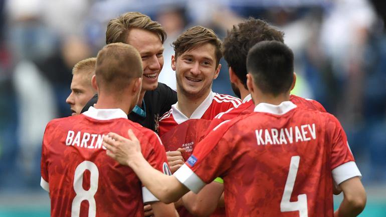 Сборная России празднует победу. Фото Getty Images