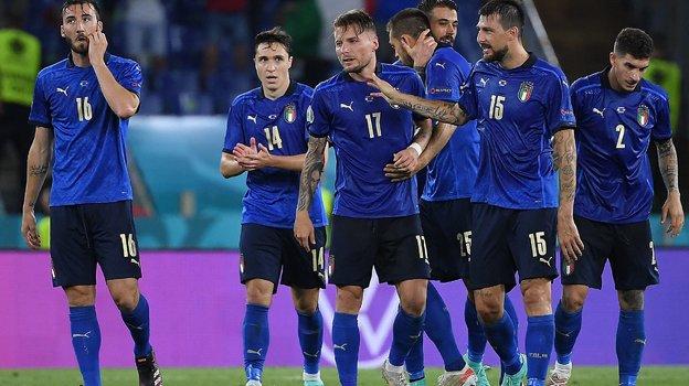 Сборная Италии выиграла два матча настарте Евро-2020. Фото AFP