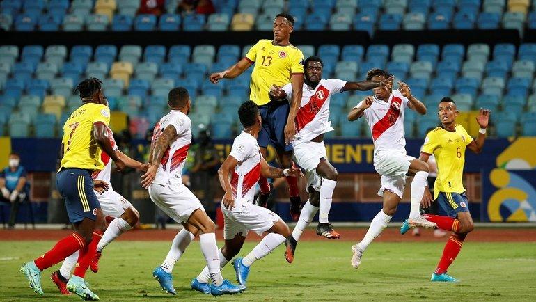 Йерри Мина вматче Колумбия— Перу. Фото Twitter