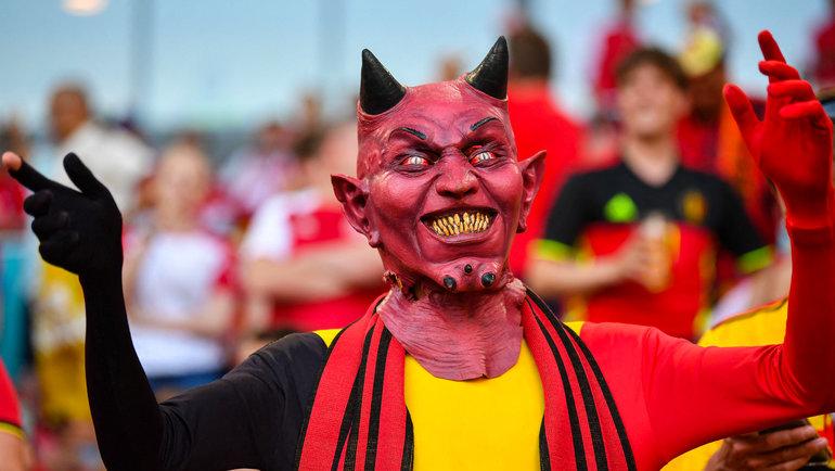 «Дьявол» изБельгии вовремя матча сДанией.
