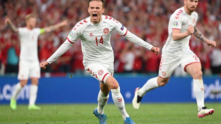 21июня. Копенгаген. Россия— Дания. 38-я минута. Миккель Дамсгор открыл счет. Фото AFP