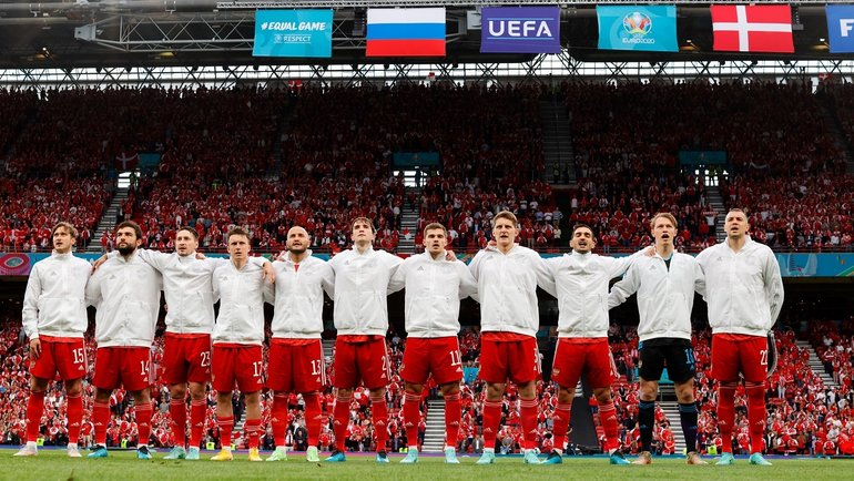 Сборная России перед матчем сДанией. Фото Twitter
