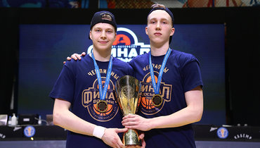 Антон Карданахишвили (слева). Фото ПБК ЦСКА