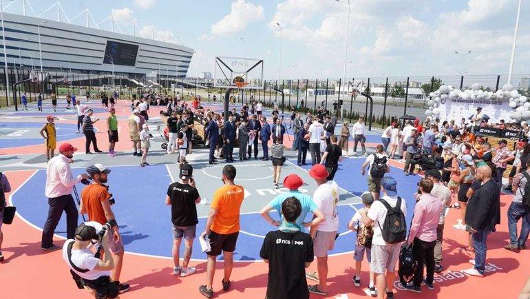 ПСБ открыл крупнейший вРоссии центр уличного баскетбола. Фото Пресс-служба Правительства Калининградской области