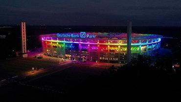 ВГосдуме отреагировали нарешение УЕФА запретить радужную подсветку настадионе вМюнхене
