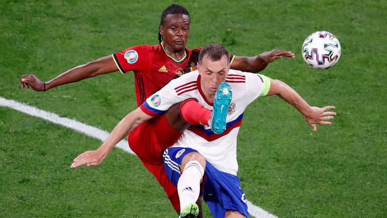 Дедрик Боята иАртем Дзюба. Фото Reuters