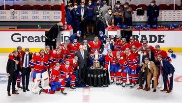 25июня. «Монреаль»— «Вегас»— 3:2 ОТ. Победителям вручили кубок.