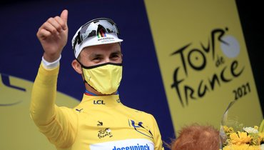 Француз Алафилипп выиграл первый этап «Тур деФранс»