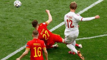 Дания забила третий гол ударом из-за штрафной. Больше наЕвро было только уФранции иБельгии