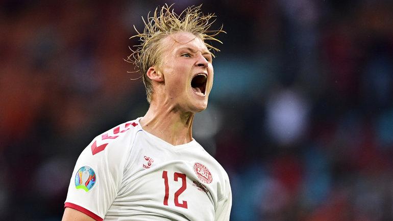 26июня. Амстердам. Уэльс— Дания— 0:4. Каспер Дольберг празднует гол.
