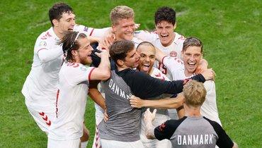 26июня. Уэльс— Дания— 0:4. Фото AFP