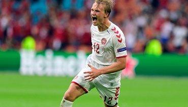 Дольберг назван лучшим игроком матча Уэльс— Дания