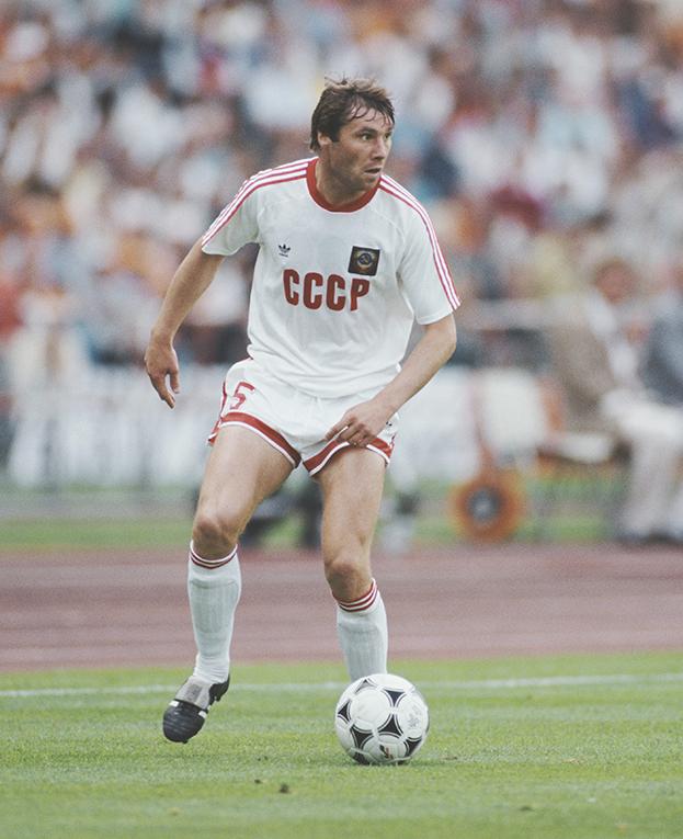 «Выиграете наскорости 100 километров час!» В88-м сборная СССР едва невыиграла Евро, вфинале вышло 7 киевлян