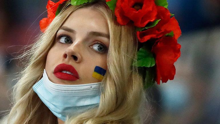 3июля. Рим. Украина— Англия— 0:4. Болельщица сборной Украины.