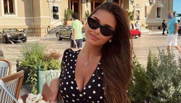 «Сногсшибательная девушка». Севастьянова выложила фото влеопардовом купальнике