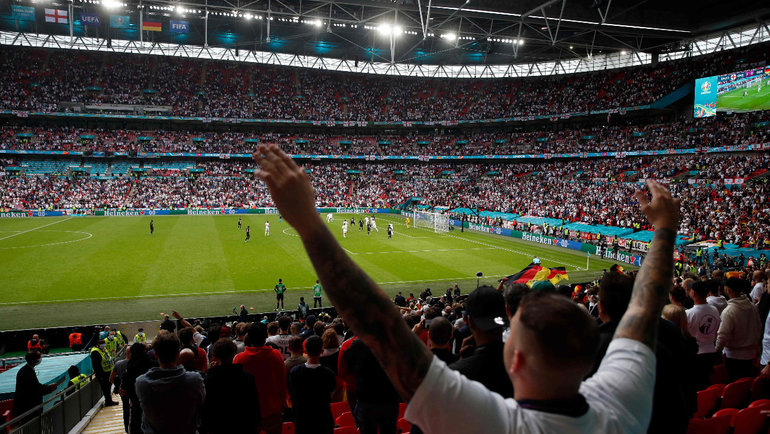 Гости непопадут наполуфиналы ифинал Евро без карантина. Еще ипоэтому Англия— фаворит турнира