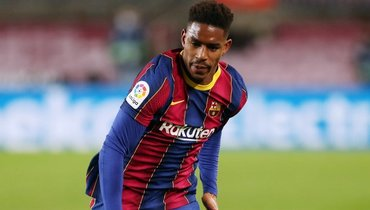 «Барселона» объявила отрансфере Фирпо в «Лидс» за15 миллионов евро