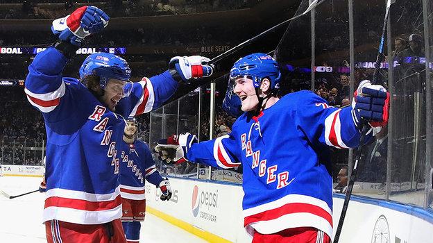 НХЛ: одноклубник Панарина стал лучшим защитником сезона. Адам Фокс изРейнджерс стал обладателем Норрис Трофи