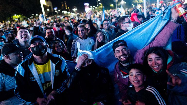 Буэнос-Айрес отмечает победу сборной Аргентины в Кубке Америки. Фото Getty Images