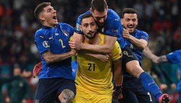 Символическая сборная Евро-2020 от «СЭ»— четыре англичанина ибез Криштиану Роналду