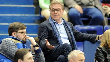 Лев Лещенко предложил ввести потолок зарплат вроссийском футболе