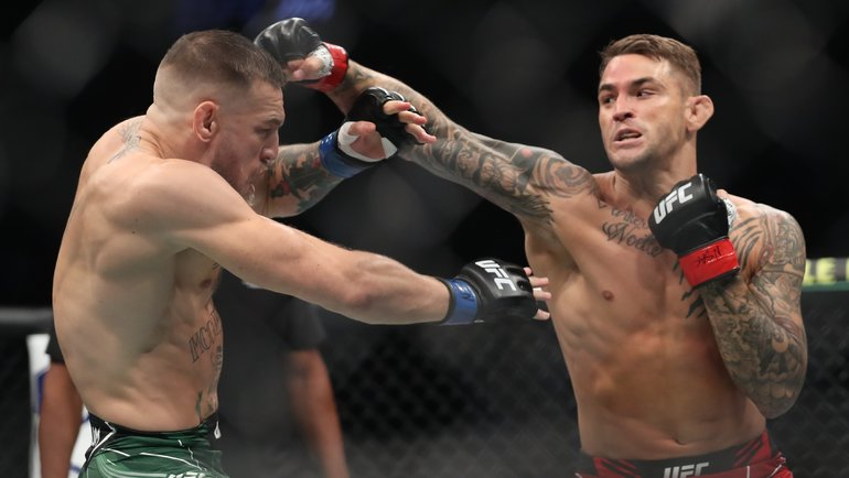 Дастин Порье против Конора Макгрегора вглавном бою UFC 264 вЛас-Вегасе 11июля. Фото Reuters
