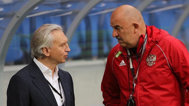 Александр Дюков и Станислав Черчесов. Фото РФС