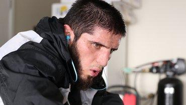 Ислам Махачев— оМакгрегоре: «Никому нежелаю такой травмы, ноонзаслужил»