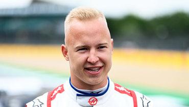 Мазепин прокомментировал столкновение сШумахером на «Гран-при Великобритании»