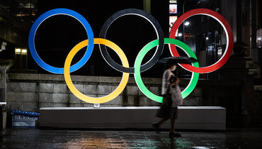Олимпийские кольца вТокио.