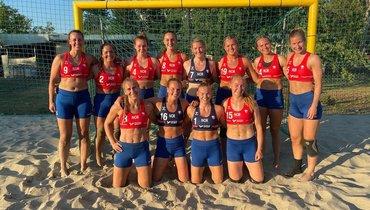 Женская сборная Норвегии попляжному гандболу.