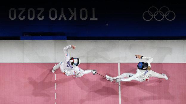Поединок Айзанат Муртазаевой (слева) и Катрины Лехис за бронзу. Фото Getty Images
