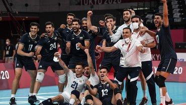 24июля. Токио. Польша— Иран— 2:3. Команда Владимира Алекно начала Олимпиаду спобеды.