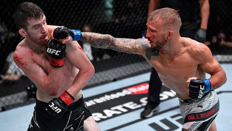 ТиДжей Диллашоу вглавном поединке UFC onESPN 27 победил Кори Сэндхагена. Фото Zuffa LLC