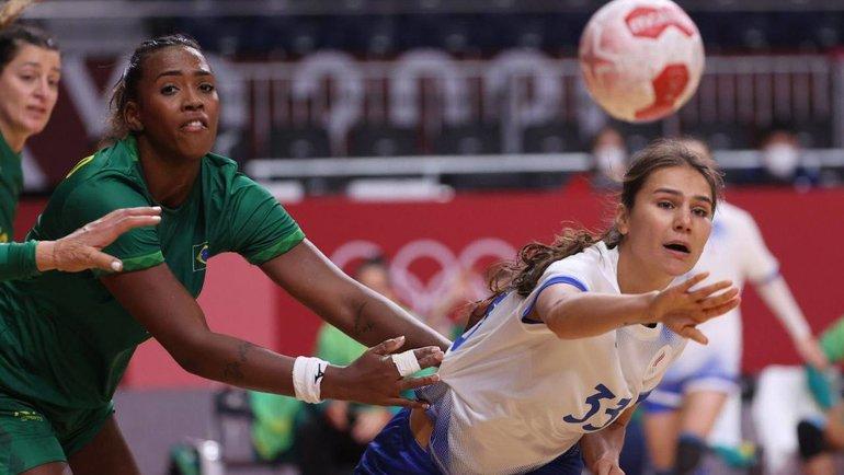 Женская сборная России погандболу сыграла вничью сБразилией. Фото ОКР
