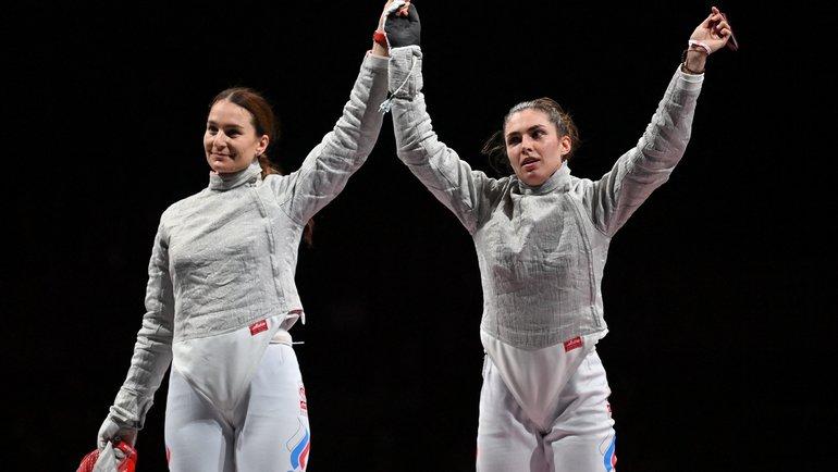 София Позднякова (справа) иСофья Великая— золото исеребро всабле! Фото AFP