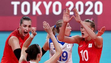 Женская сборная России поволейболу победила Аргентину наОлимпийских играх вТокио.