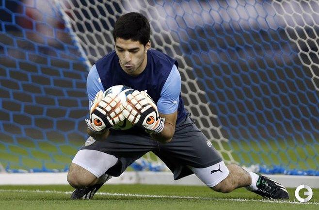 Нападающий сборной Уругвая ЛУИС СУАРЕС. Фото REUTERS.