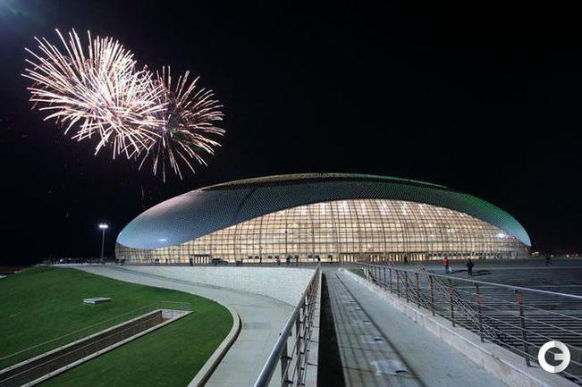 """Большой Ледовый дворец """"Большой"""". Вместимость - 12000 человек. Цель использования на Олимпийских играх - хоккей. Фото sochi2014.com."""