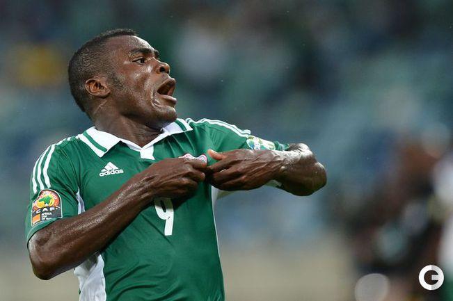 Спартаковец Эммануэль Эменике радуется после гола в ворота Мали.