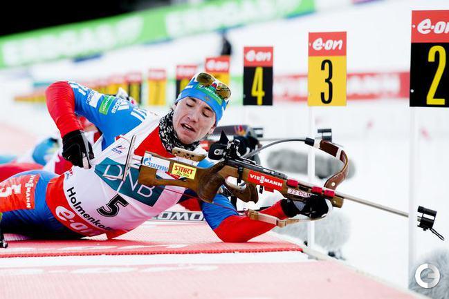 Александр ЛОГИНОВ на огневом рубеже. Фото REUTERS.