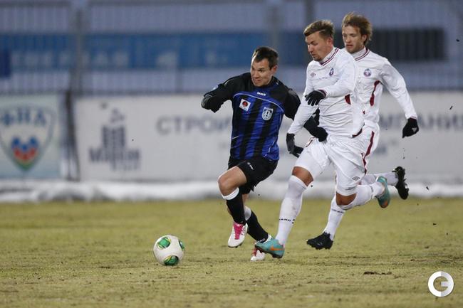 в атаке автор победного гола - Эльдар Низамутдинов.