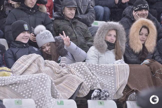 """""""Томь"""" и ее болельщики мороза не боятся"""